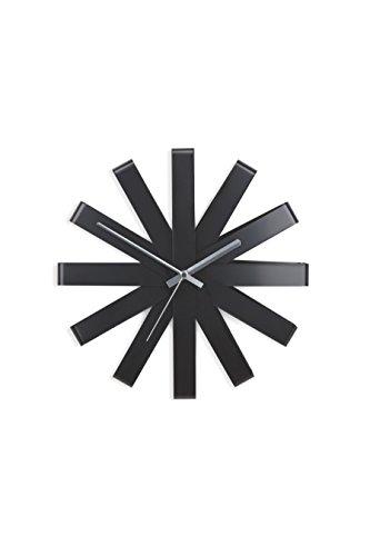 umbra-118070-040-ribbon-moderne-gebogene-wand-designuhr-schwarz-matt-2
