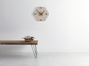 wanduhr-in-offener-bienenwaben-form-kreatives-und-modernes-design-aus-bambusholz-leise-ohne-ticken-sechseckig-mit-offenem-rand-2