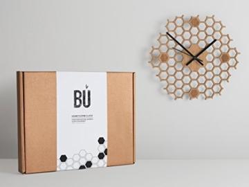 wanduhr-in-offener-bienenwaben-form-kreatives-und-modernes-design-aus-bambusholz-leise-ohne-ticken-sechseckig-mit-offenem-rand-3